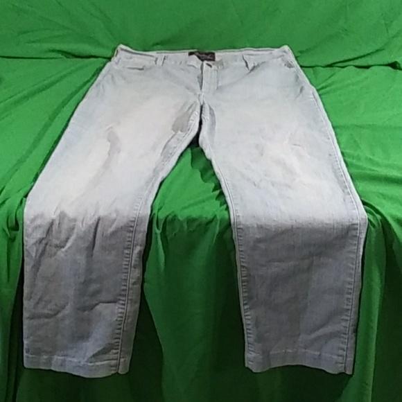 NYDJ Denim - NYDJ light wash jeans straight leg size 18